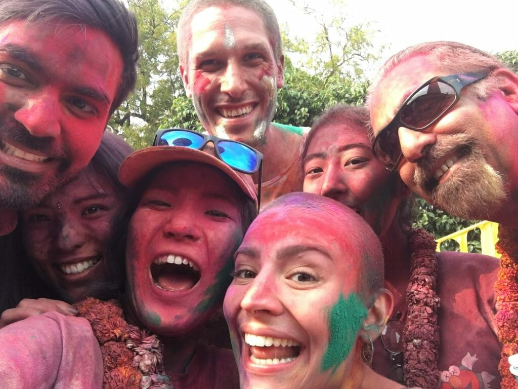 how to join holi