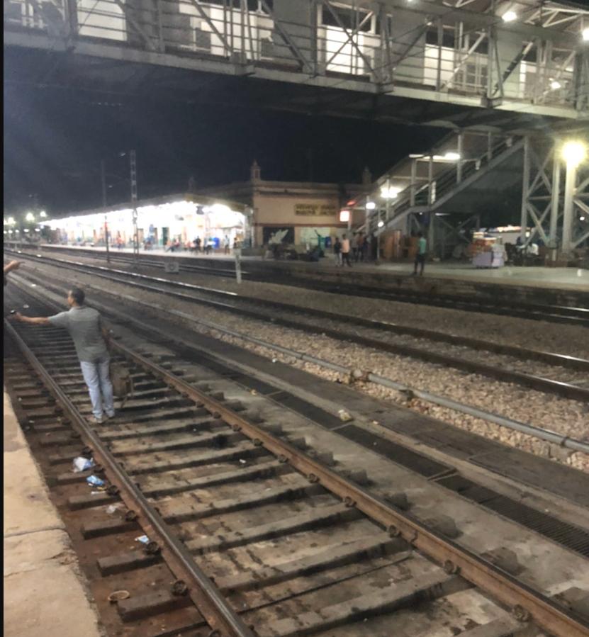 インドの絵駅の路線