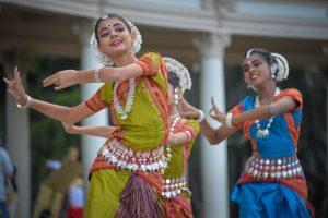 ボリウッドだけじゃない!エキゾチックなインドのダンス・舞踏